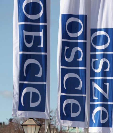 Which norms of democratic civilian control are established by the OSCE?