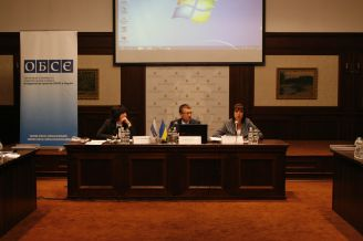 Concept of democratic control over AFU discussed in Kharkiv